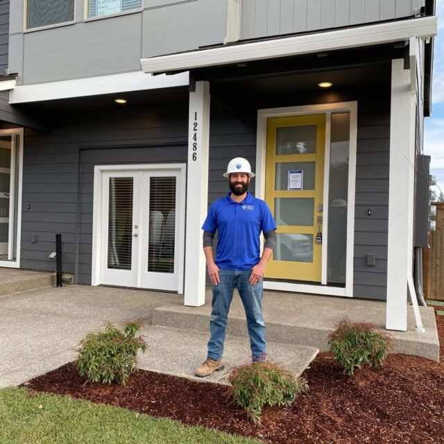 """Meet Jamie! He's our superintendent for the newest Holt Homes community in Happy Valley #PleasantValleyVillages. Check our link in bio to learn more.  Jamie: """"The coolest part of the neighborhood is the architecture and the low maintenance lifestyle. My favorite plan would have to be the 1520 as it is simple but functional.""""  #HappyValley #HoltHomesNW #HomesforSale"""