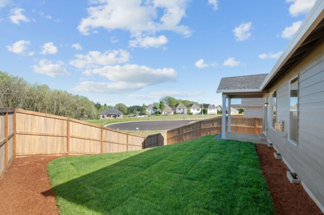 Beautiful sunny days in your backyard. 🌞 Featuring Ponderosa Ridge in Corvallis, OR  See more of this community at the link in bio.