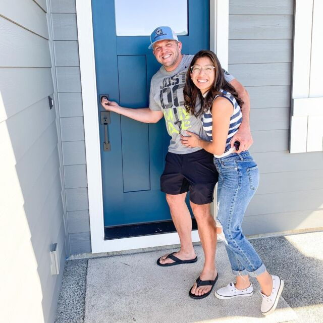 Bobby and Deya celebrating closing day on their new home in Ridgefield captured by our awesome team member @theagentarcher   Find your home with Holt. Link in bio. 