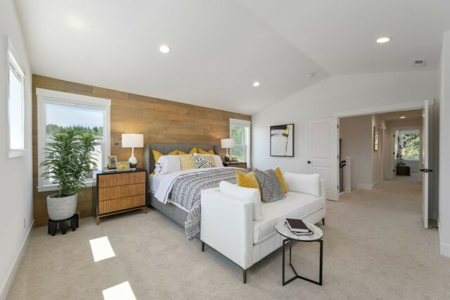 Did you miss Holt Homes in the Street of Dreams this year? It's not too late! See our three models via virtual tours on the Holt Homes blog. Tour now: link in bio.